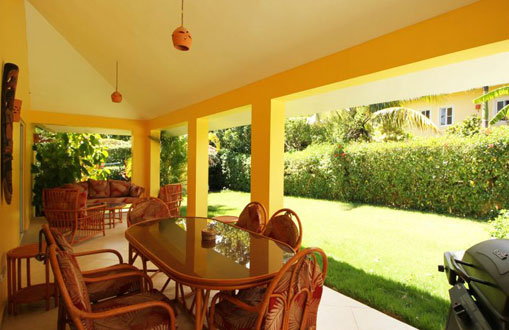#8 Four bedroom villa with a separated 1 bedroom apartment