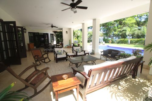 #14 Luxurious ocean view villa in select community just steps from the beach