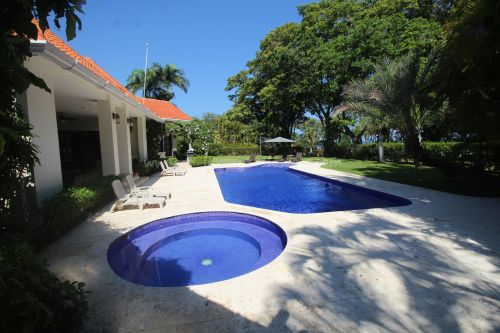 #17 Luxurious ocean view villa in select community just steps from the beach