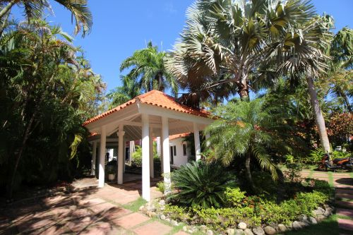 #4 Magnificent residence in popular gated beachfront community