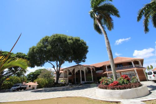 #16 Exclusive mansion with great views in gated community