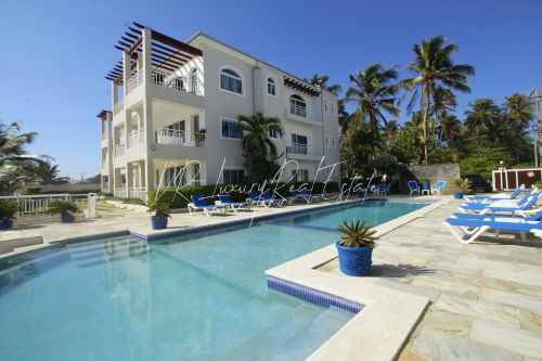 #0 Lovely two bedroom beachfront condo
