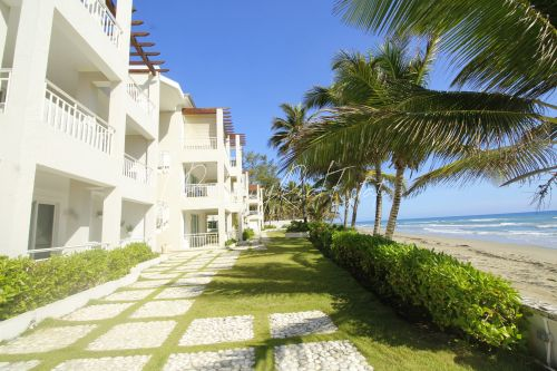 #1 Lovely two bedroom beachfront condo