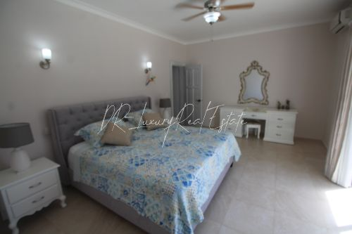 #5 Lovely two bedroom beachfront condo